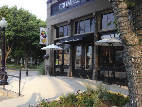Crumbzz Bake Shop / Forney, TX